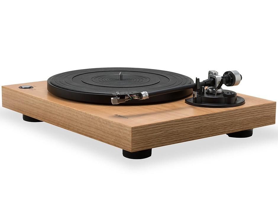 Promotion Roberts RT100 Platine vinyle avec préampli phono sortie audio numérique USB celulle Audio-technica