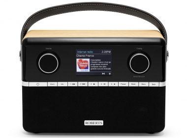 Roberts Stream 94i PLUS : Poste de radio Internet / DAB / FM avec Bluetooth et batterie en option