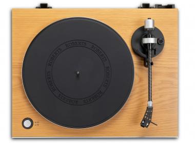 Roberts RT200 : Platine vinyle avec préampli phono et sortie numérique USB