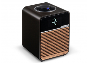 Ruark Audio R1 MKIV Expresso - un poste de radio numérique compacte et puissant avec bouton de commande