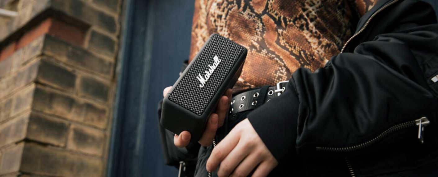 Comparer les enceintes Bluetooth nomades sur batterie à moins de 100 €